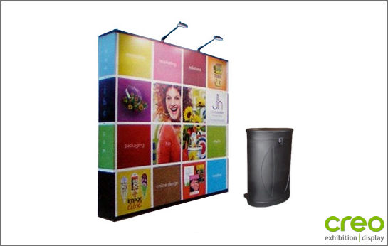 Image of a Nomadic Display P33 Pop-up Stand